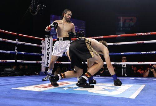 Nico Ali Walsh winning debut boxing match