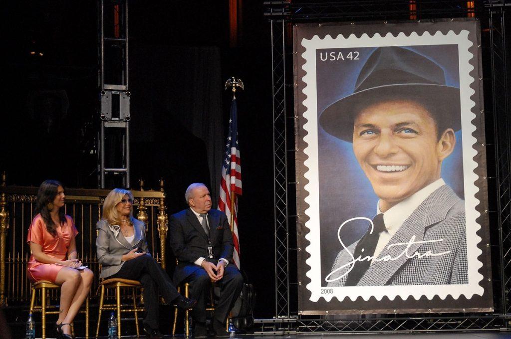 Frank Sinatra's family commemoration ceremony
