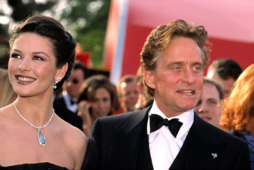 Catherine Zeta-Jones and Michael Douglas at the 2001 Oscars