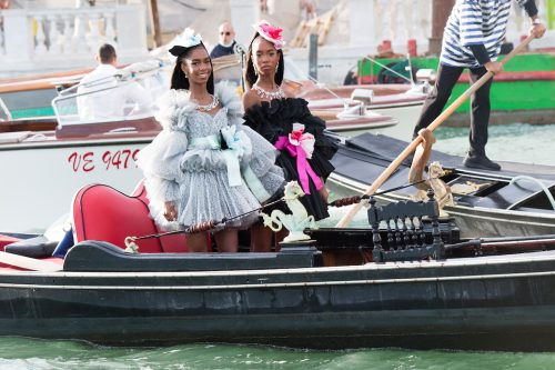 D'Lila and Jessie Combs arriving at the Dolce & Gabbana Alta Moda fashion show on August 29, 2021