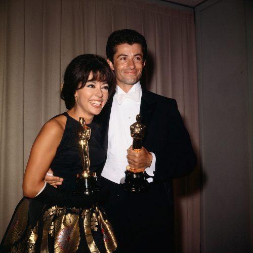 Rita Moreno and George Chakiris with their Oscars in April 1962