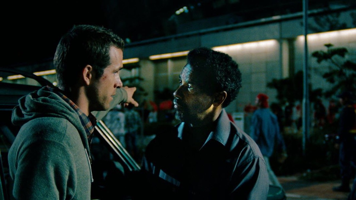 Ryan Reynolds and Denzel Washington in Safe House