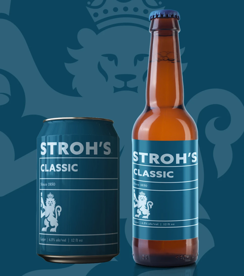 Stroh's beer can and bottle