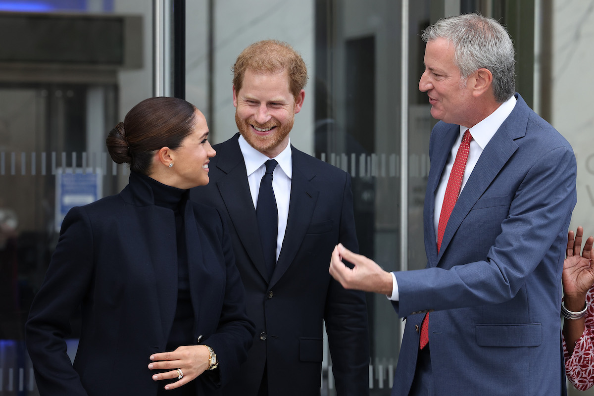 Meghan, Duchess of Sussex, Prince Harry, Duke of Sussex, and Bill de Blasio visit One World Observatory on September 23, 2021 in New York City.