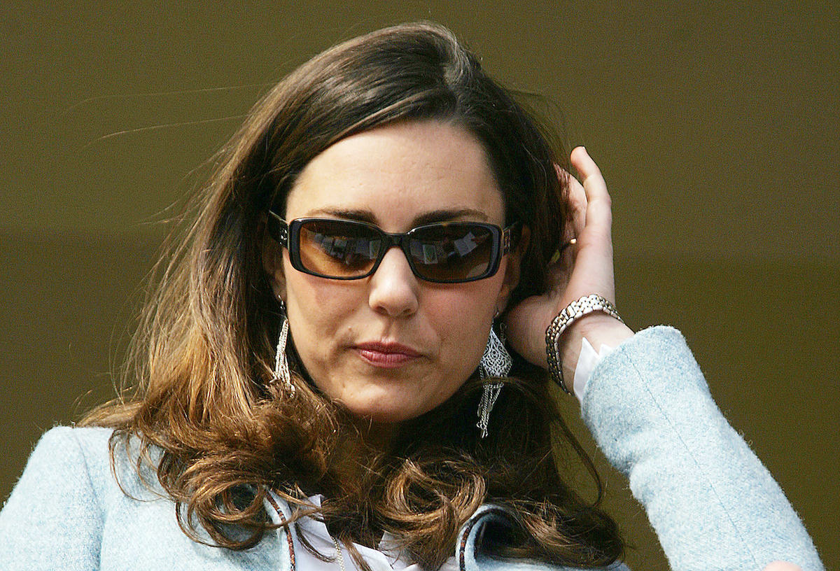 Kate Middleton stands in the royal box on the Gold Cup day of the annual Cheltenham Race Festival at Cheltenham Race course, in Gloucestershire, west of England, 16 March 2007.