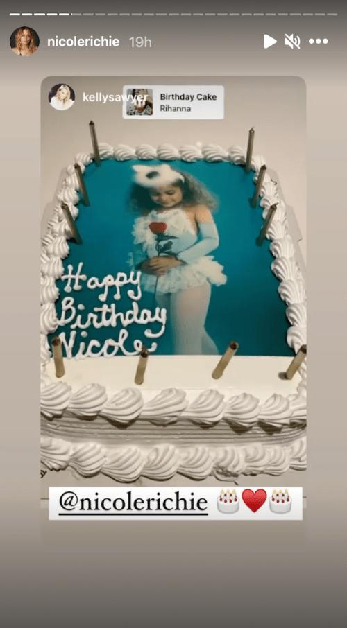 Nicole Richie's birthday cake in September 2021