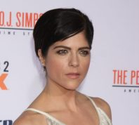 """Selma Blair at the premiere of """"American Crime Story: The People v. O.J. Simpson"""" in January 2016"""