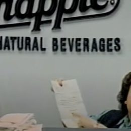 Wendy Kaufman in a Snapple commercial