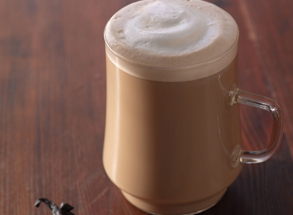 A latte with foam