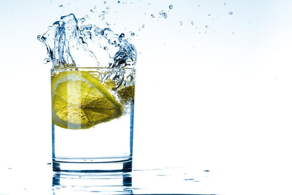 lemon water healthy man