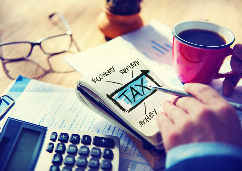 calculator, notepad reading tax, facts about the lottery