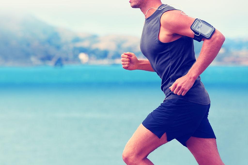 man running outside, weight loss motivations