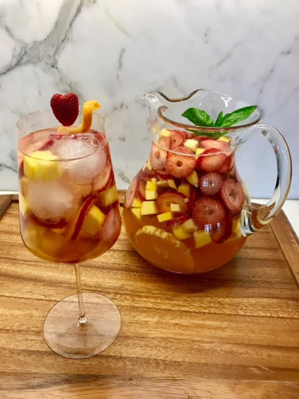 Sangria, cocktails